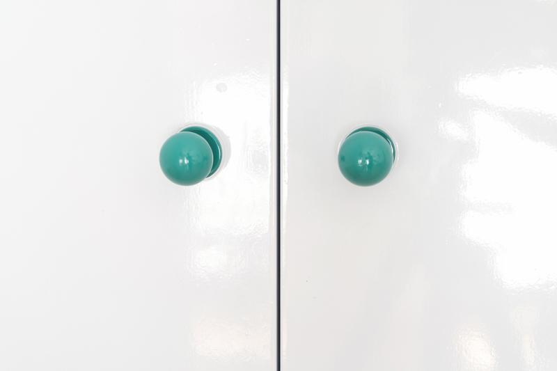 Renovar-pomos-con-pintura-en-spray-Pintyplus-3