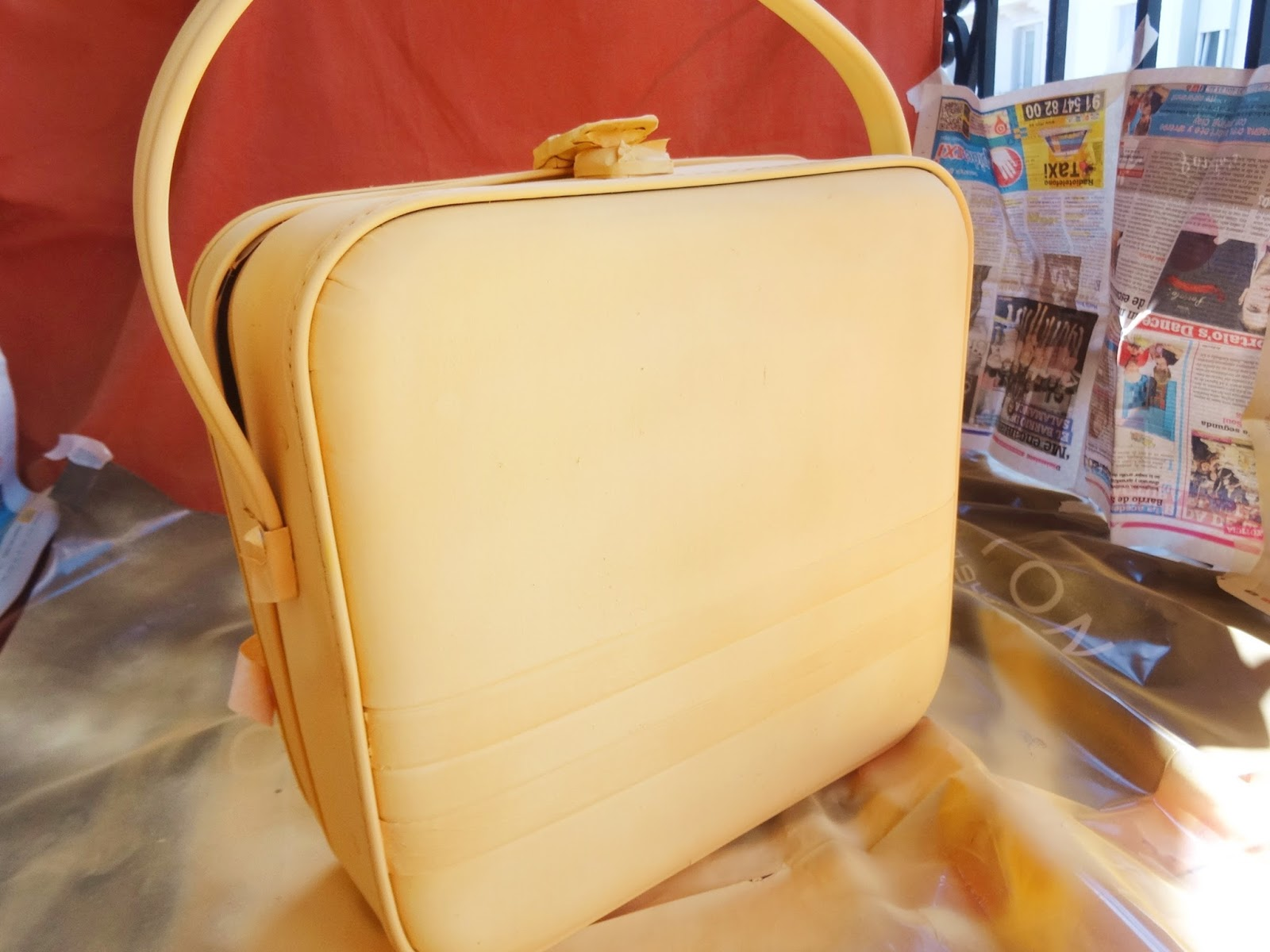 maleta-amarilla
