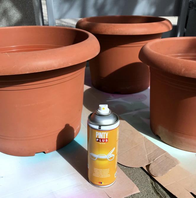 Repeindre vos vieux pots