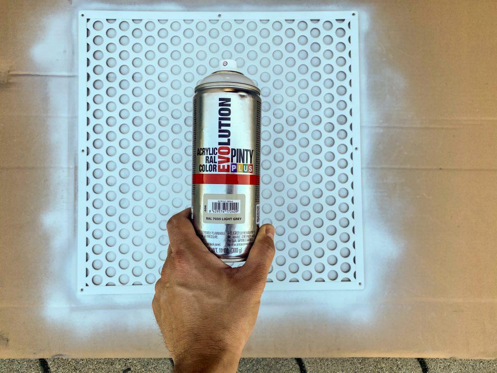 PintyPlus EVOLUTION Akril festél spray - rozsdás vasfelület átfestése