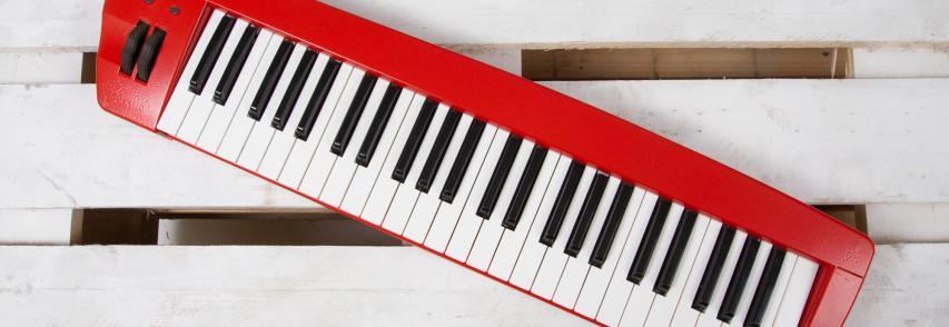 Midi zongora átfestés
